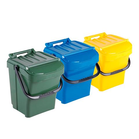 Sada tří odpadkových košů s držadlem a víkem